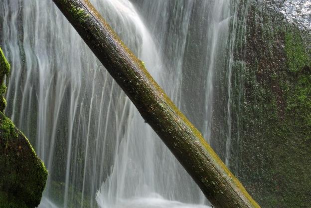 Wodospad Czarnego Potoku - w górach Izerskich