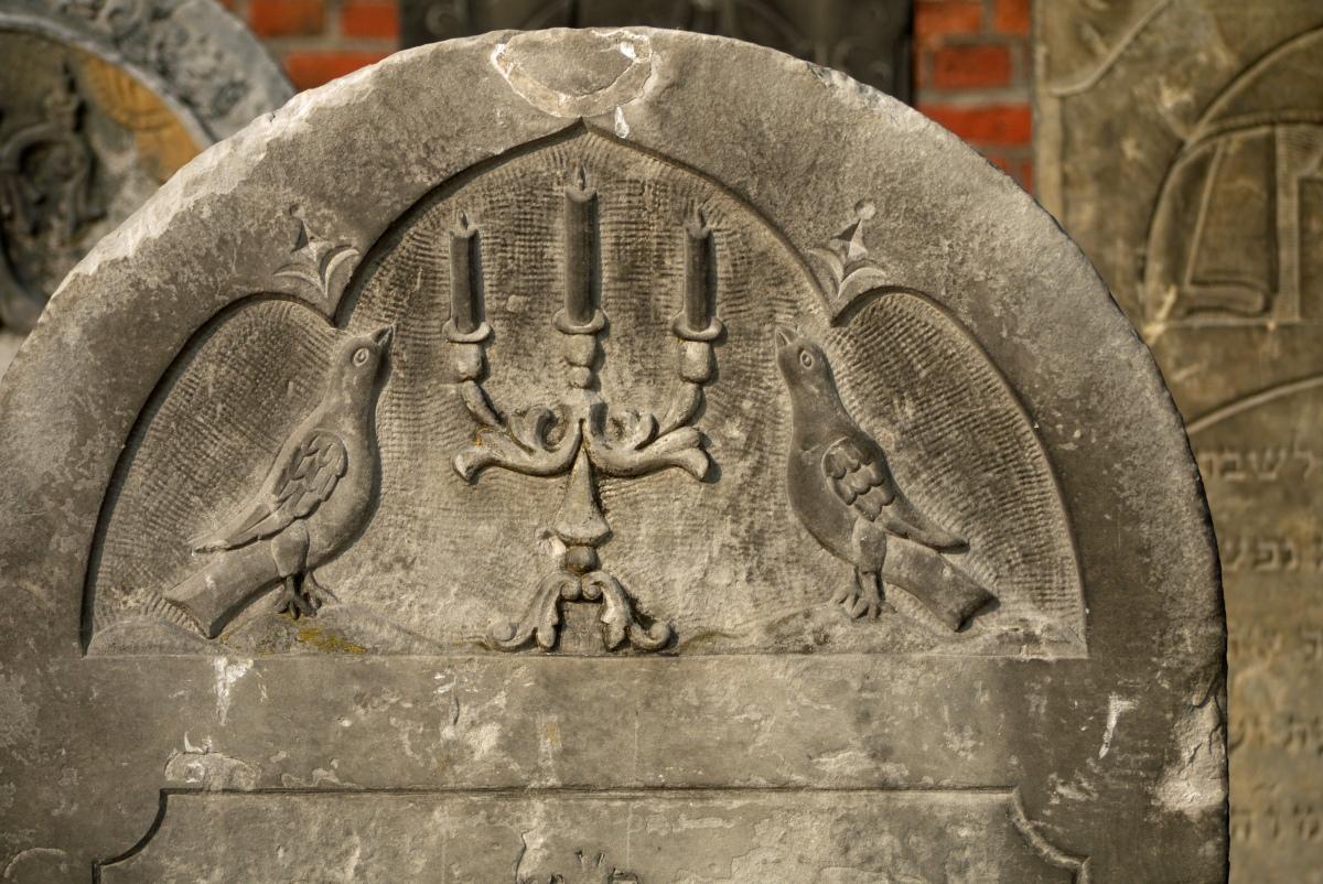 Łódzkie cmentarze – refleksja o życiu i przemijaniu
