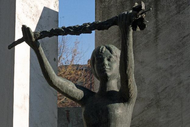 Grób Magdy Sobczak. łódzkie cmentarze