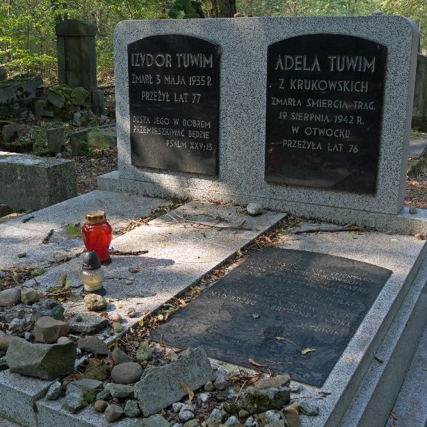 Grób rodziców Juliana Tuwima na cmentarzu żydowskim