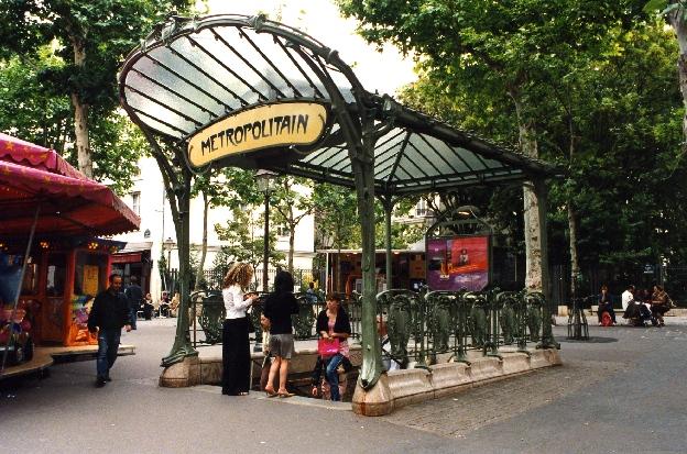 Metropolitan Paryż