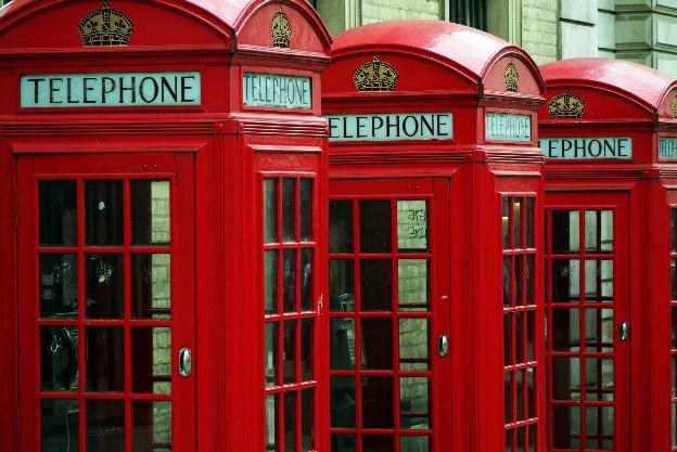 Czerwone budki telefoniczne