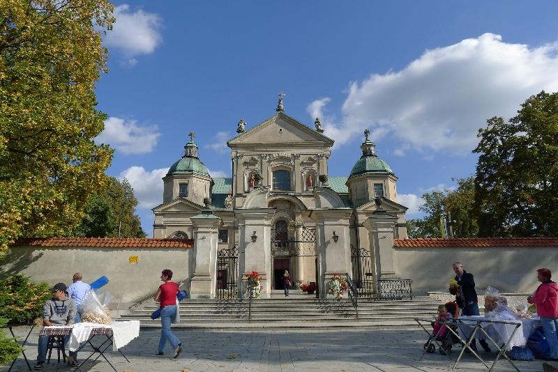 Poświętne klasztor