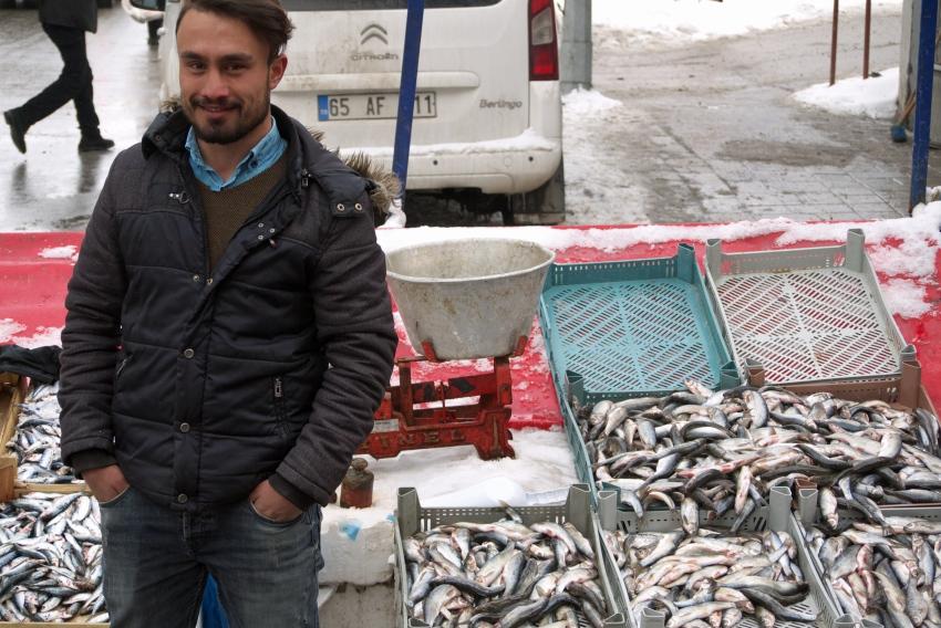 Sprzedawca ryb w Van