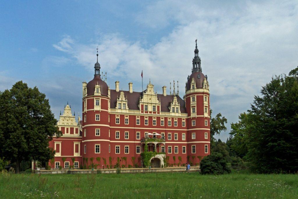 Park Mużakowski Nowy zamek
