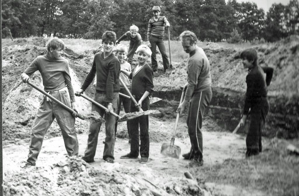 praca na obozie archeologicznym