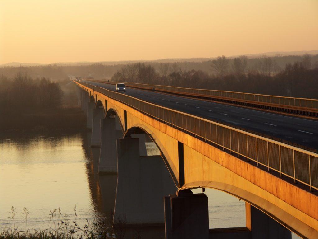most w Wyszogrodzie