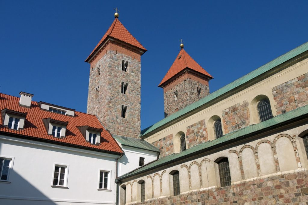 romański kościół Czerwińsk