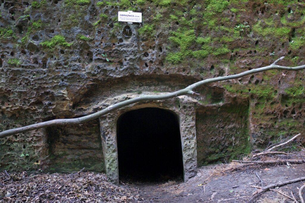Jaskinia Obraznice
