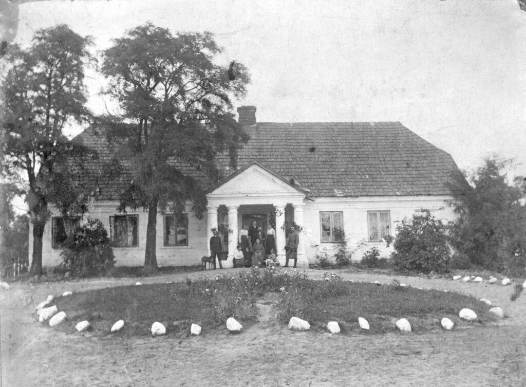 Dwór w Rochówku