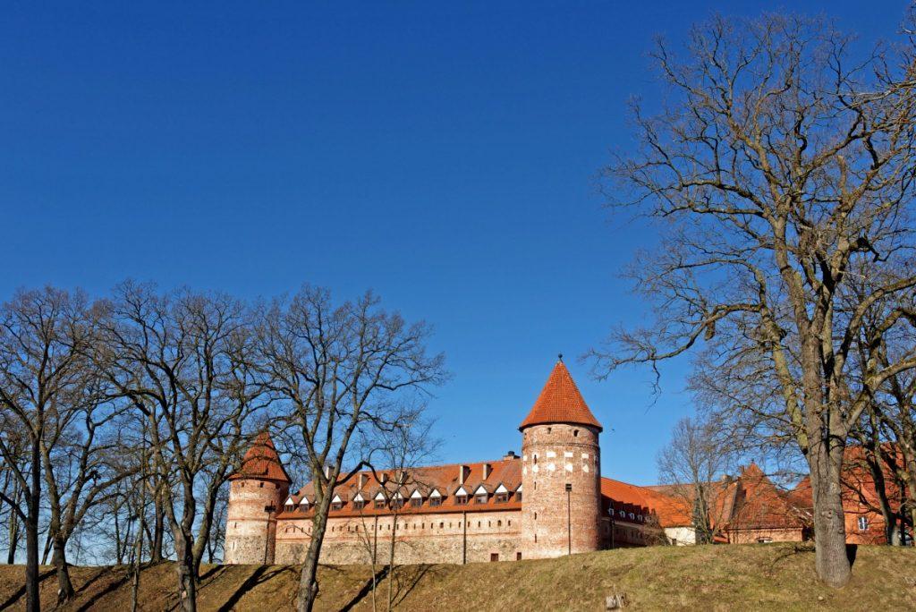 zamek krzyżacki w Bytowie jeden dzień na Kaszubach