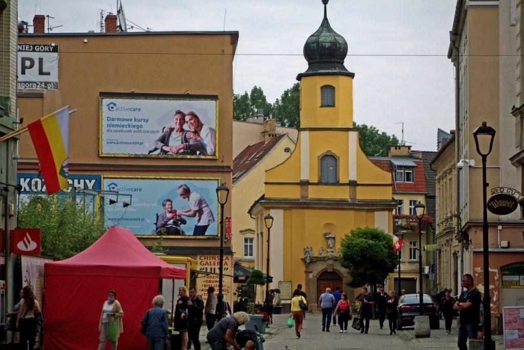 Jelenia Góra i cerkiew przy ulicy 1 Maja